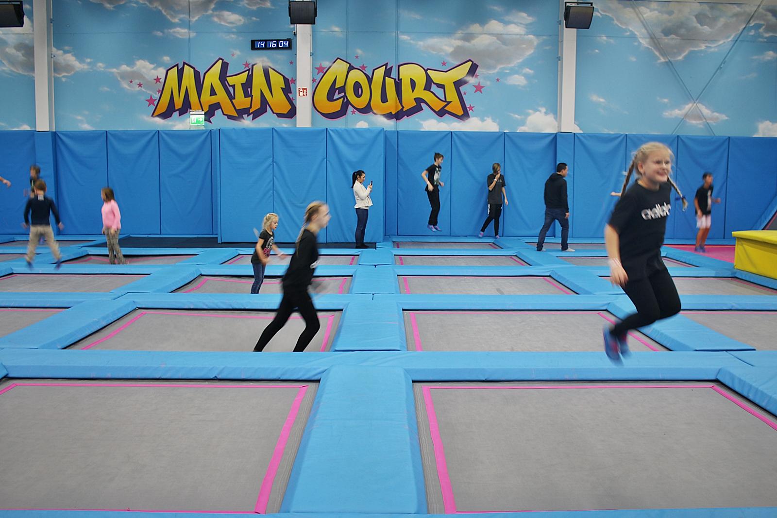 Vi testar Airhop trampolinpark i Göteborg