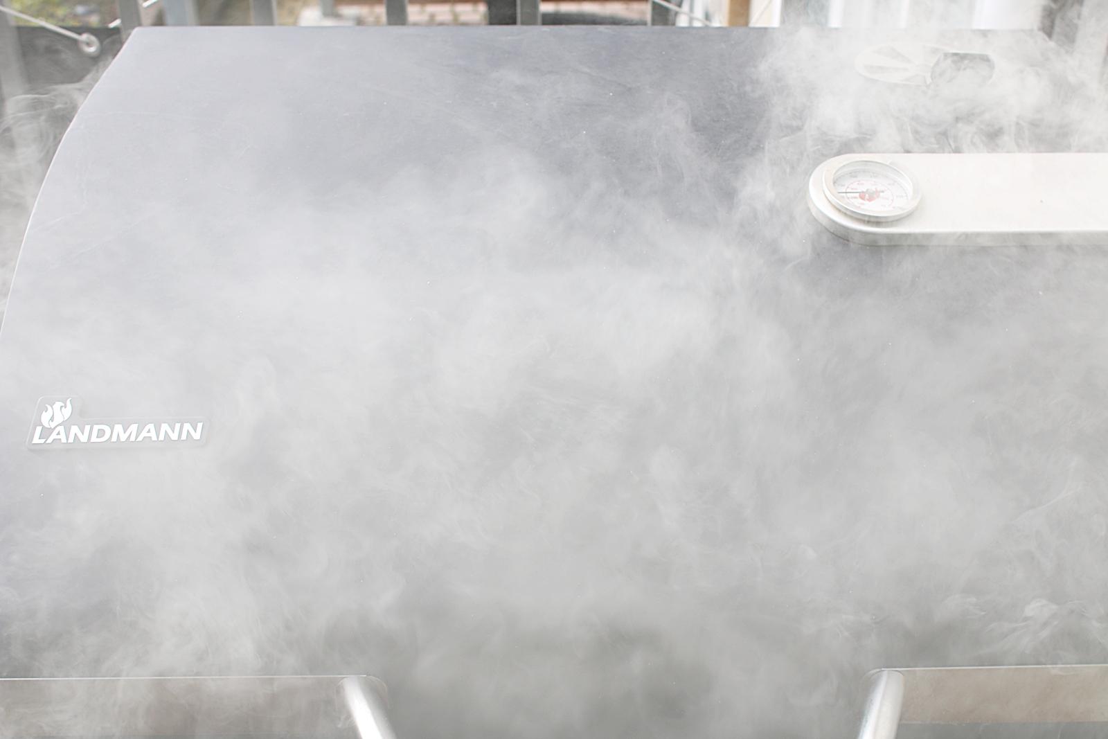 Recept på att röka lax hemma i kolgrillen