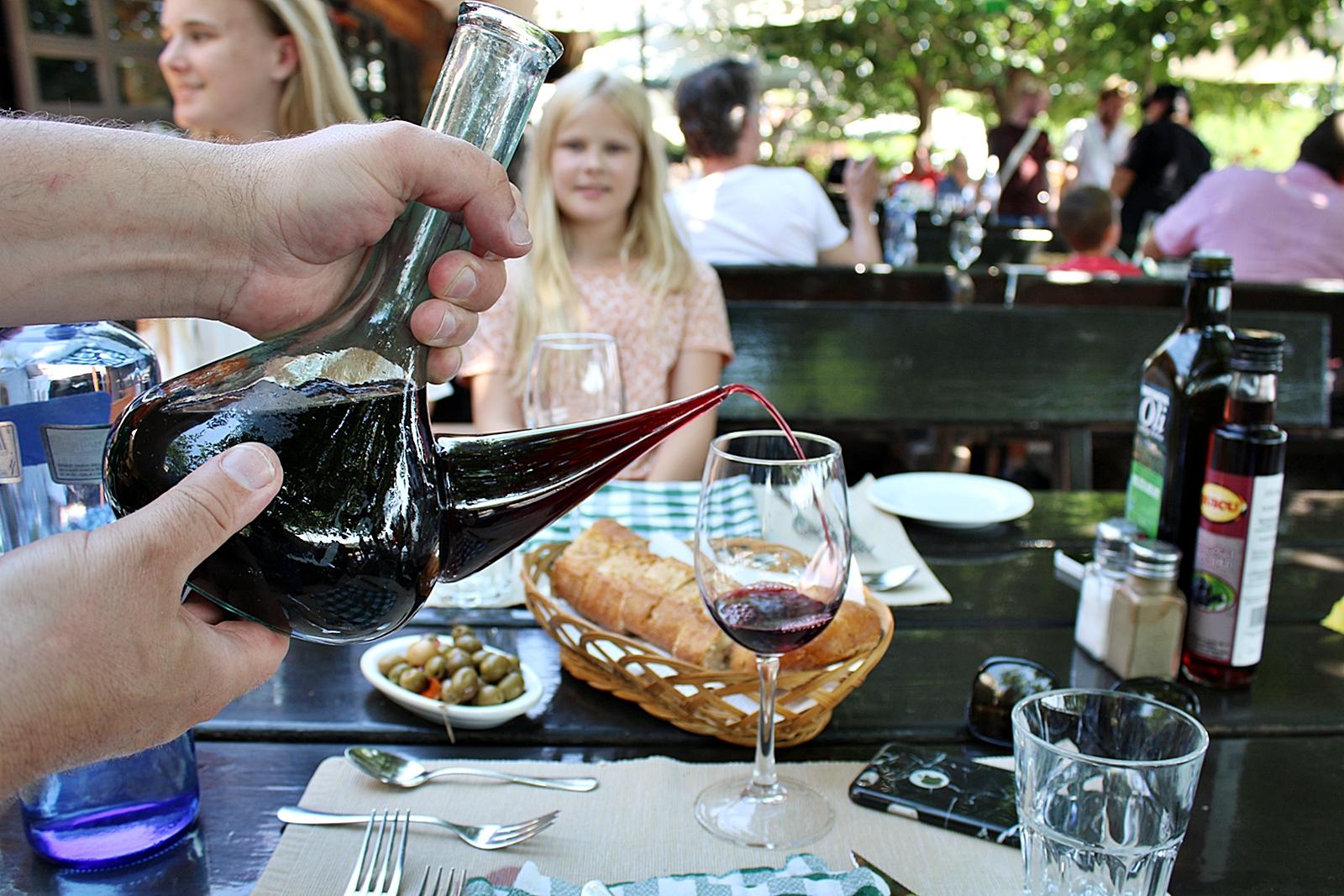 Restaurang Vinya Nova, Masia Vinya Nova, s/n. El Bruc Barcelona