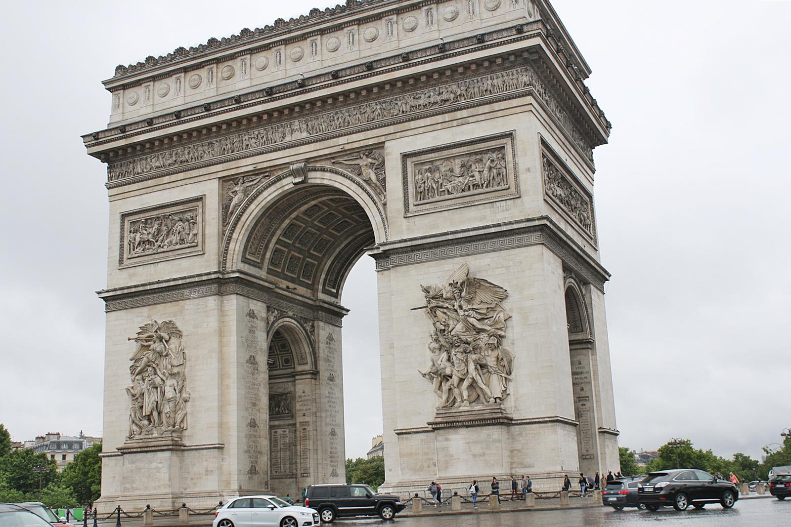 Galet vackra Paris