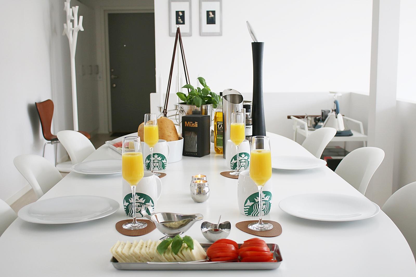 Godmorgon lata söndag med lång frukost